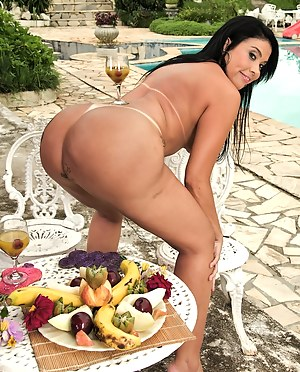 Free Mature Food Porn Pictures